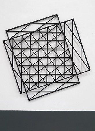 Nicht so konkret Holz/Acryl, 72x72x2,5 cm