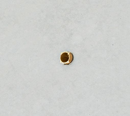 Goldstück 2019, Dübel, Gold, 15 x 21 x 60 mm